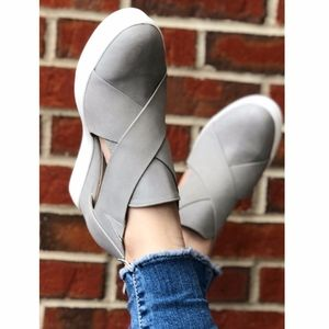 JEFFREY Cut out Sneakers - TAUPE